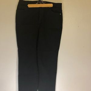 Gloria Vanderbilt 16 Amanda Black Jeans
